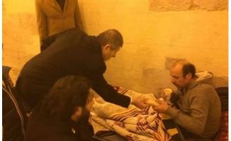 """Abdullah Sevim'den Evsizler Çıkışı:""""Onlar Sokakta, Yetkililer Kulaklarının Üstüne Yatıyor!"""""""