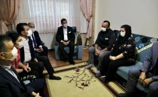 İmamoğlu ve Bozkurt'tan Çınar Mert'in Ailesine Ziyaret