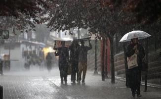 İstanbul'da Yağışlar Haftasonu Da Devam Edecek