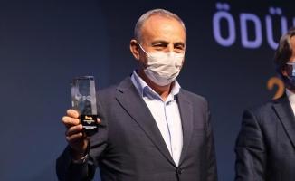 Küçükçekmece Girişimcilik Ve İnovasyon Merkezi Altın Karınca Getirdi
