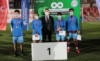 Küçükçekmece'de Sosyal Mesafeli Ayak Tenisi Turnuvası