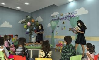 Masal Terapisi İle Çocukların İç Dünyasına Ulaşılıyor