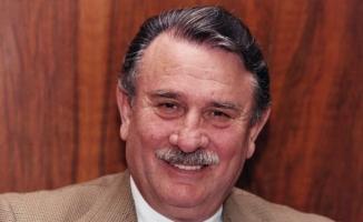 Eski Başbakan Yıldırım Akbulut Öldü