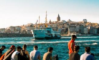 İstanbul'a Gelen Turist Sayısı Yüzde 47,7 Azaldı