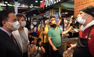 Ali Babacan İzmir'de Vatandaşla Buluştu 'Kimin hakkı var bunları bize yaşatmaya?'
