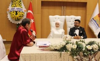 Fatma Zehra Balcı Ve Samet Karaman Evlendi !