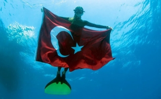 Şahika Ercümen, Türkiye Rekoru Kırdı!