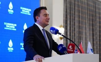 Babacan'dan Hükümete Orman Yangınları Eleştirisi