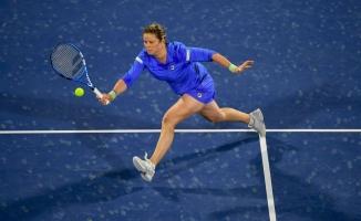 Tenis Oynamak ve Tenis Raketi Kullanmak Oldukça Zevklidir