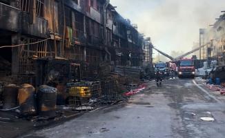 """İmamoğlu : """"İOSB Çevre Sanayi Sitesindeki Yangında Can Kaybı Yok, Soğutma Çalışmaları Devam Ediyor"""""""