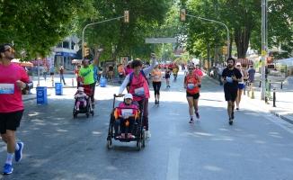 Kadıköy Yarı Maratonu'ndaSporcularŞiddete Karşı Koşacak