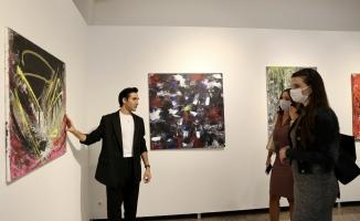 Ressam Şen'in İlk Kişisel Sergisi 'Tepki' SKSM'de