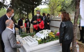 Merhum Cemal Şahan vefatının 3. yılında mezarı başında anıldı.