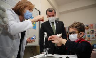 Zeytinburnu'ndaki Okullarda 'Sağlık Elde Başlıyor'