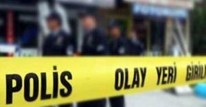 Zeytinburnu'nda iki kişiyi öldüren adam son kurşunu kendi başına sıktı