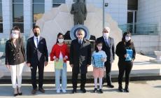 Zeytinburnu Eğitim Camiası 24 Kasım'ı Buruk Kutladı