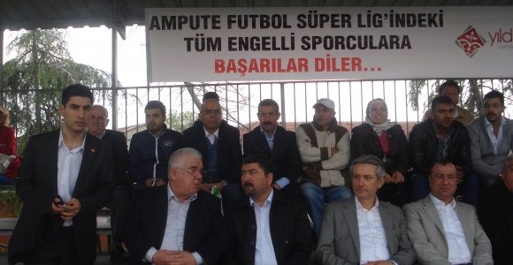 Zeytinburnu CHP Örgütü İSÖS'ün Ampüte Futbol Maçını İzledi!..